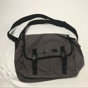 Artistry Pro Crossbody Bag Purse Brown New Tote